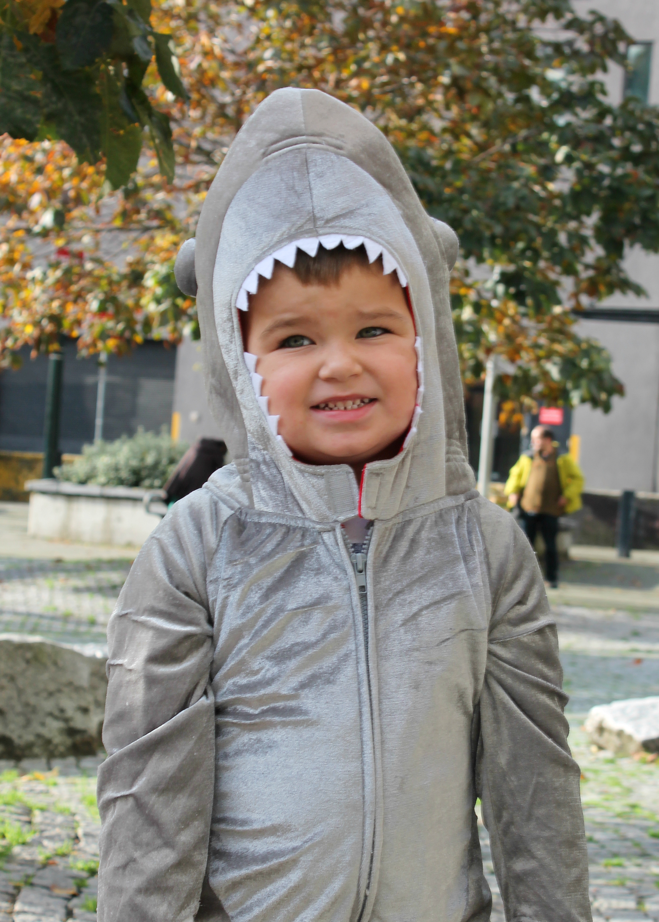 Family Halloween Costume Ideas | Group Costume Ideas | Kids Halloween Costumes | Jellyfish Turtle and Shark Costume