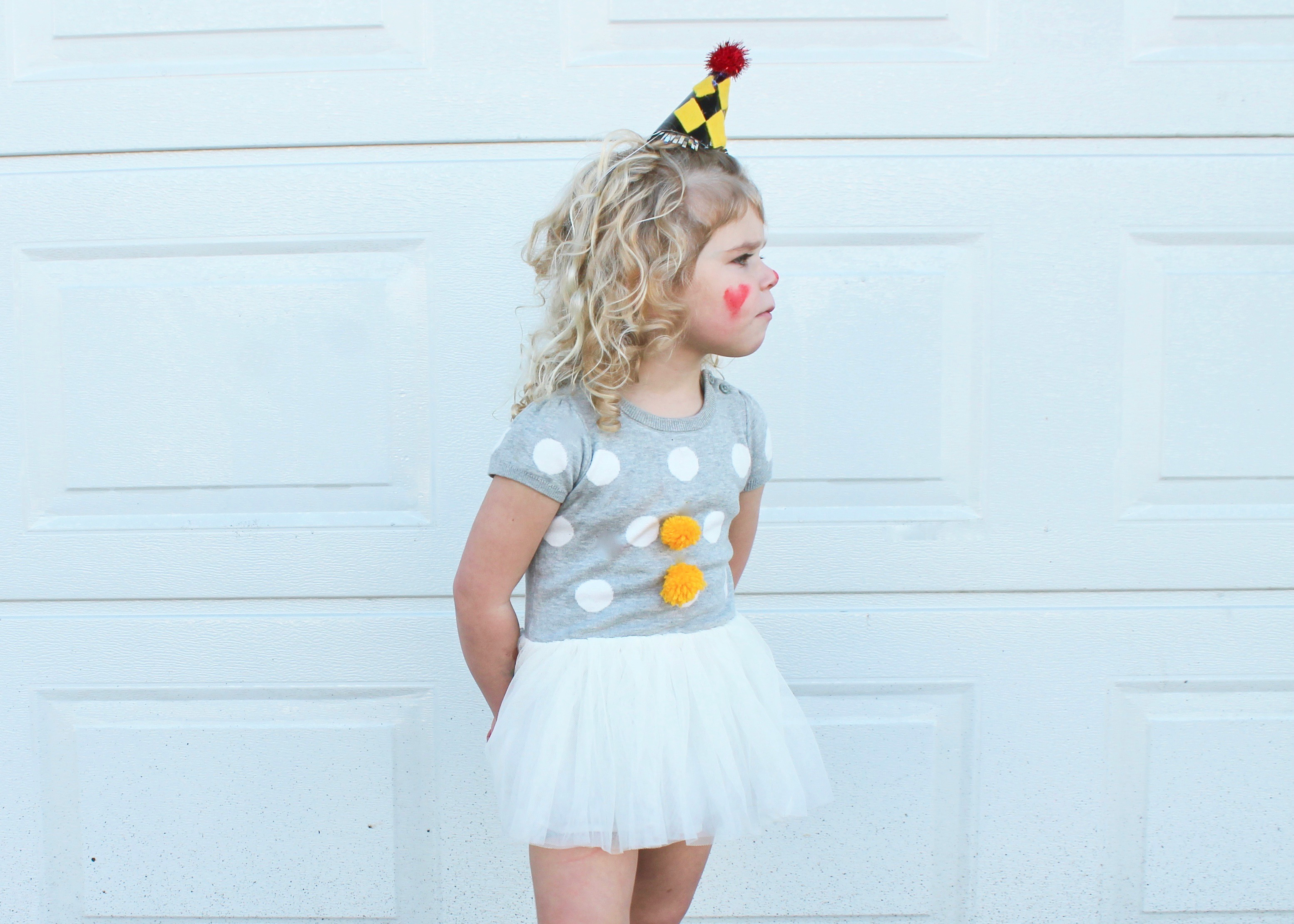 Girl Clown Costume | Circus Costume | Group Costume Idea | Family Costume Ideas | Fun Halloween Costumes for Kids